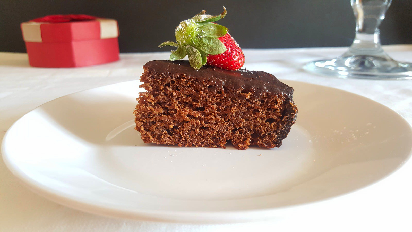 EGGLESS WHOLE WHEAT CHOCOLATE CAKE RECIPE