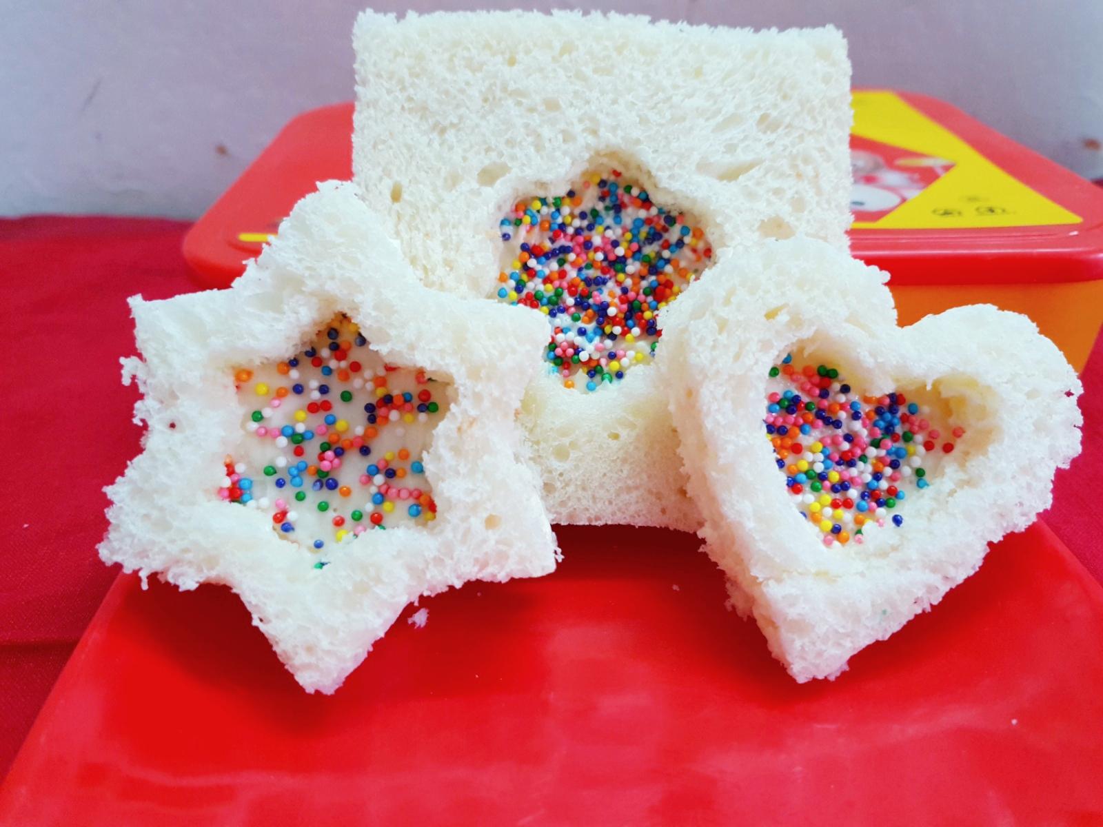 SPRINKLE SANDWICH