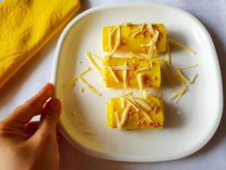 Cheese Stuffed Khandvi