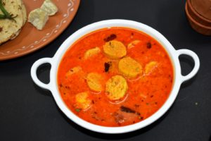 Rajasthani gatta curry