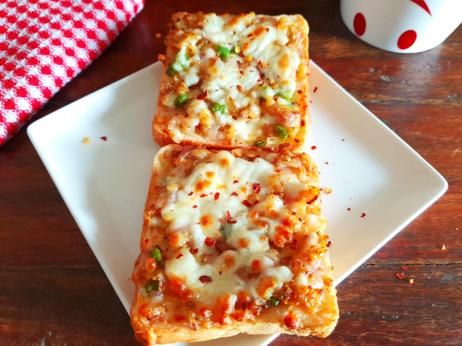 masala cheese toast